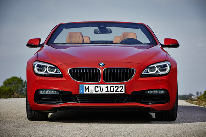 BMW 6er Cabrio F12 Aussenansicht  Front statisch rot