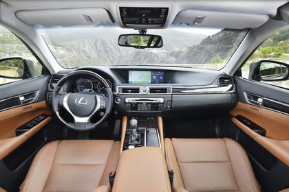 Lexus GS L10 Innenansicht statisch Vordersitze und Armaturenbrett
