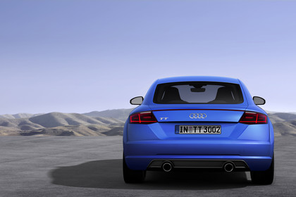 Audi TT 8S Aussenansicht Heck statisch blau