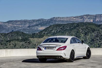 Mercedes-AMG CLS  C218 Aussenansicht Heck statisch weiss