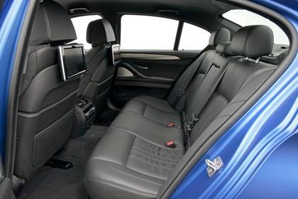 BMW M5 F10 Innenansicht Rücksitzbank Studio statisch schwarz
