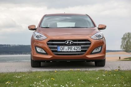 Hyundai i30 GD/GDH Aussenansicht Front statisch braun