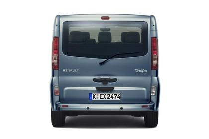 Renault Trafic II Facelift Aussenansicht Heck statisch Studio blau