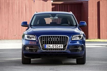 Audi Q5 8R Aussenansicht Front statisch blau