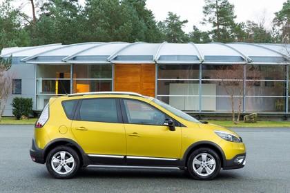 Renault Scenic XMOD JZ Facelift Aussenansicht Seite statisch gelb