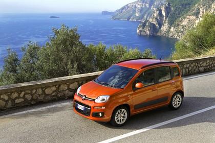 Fiat Panda 319 Aussenansicht Seite schräg erhöht dynamisch orange