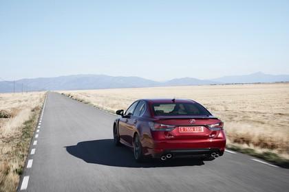 Lexus GS F L10 Aussenansicht Heck schräg dynamisch rot