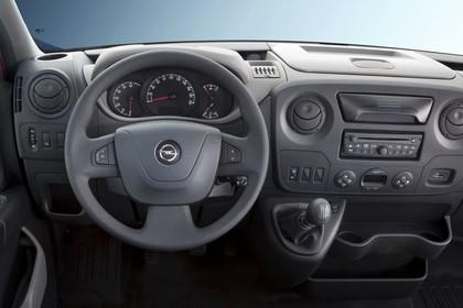 Opel Movano Kastenwagen Innenansicht statisch Studio Lenkrad und Armaturenbrett fahrerseitig