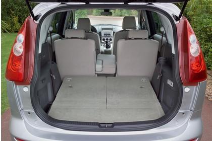 Mazda 5 Innenansicht statisch Kofferraum Rücksitze 1/3 umgeklappt