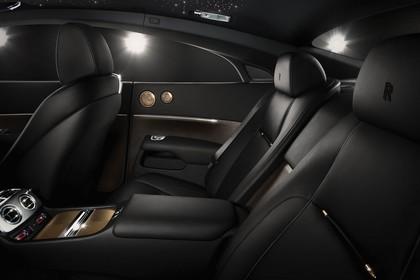 Rolls-Royce Wraith Innenansicht statisch Studio Rücksitze fahrerseitig