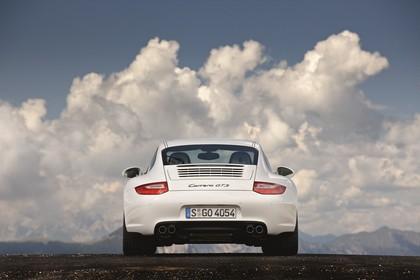 Porsche 911 Carrera GTS 997.2 Aussenansicht Heck statisch weiss
