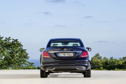 Mercedes C-Klasse W205 C350 Plug-in Hybrid Aussenansicht Heck statisch blau