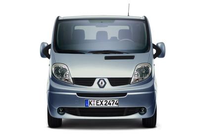 Renault Trafic II Facelift Aussenansicht Front statisch Studio blau