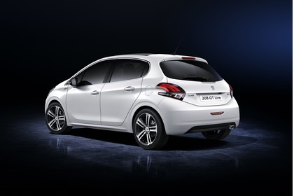 Peugeot 208 A9 Aussenansicht Heck schräg statisch Studio weiss