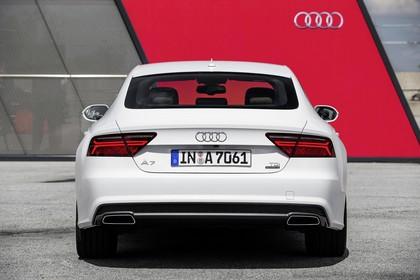 Audi A7 4G Aussenansicht Heck statisch weiss
