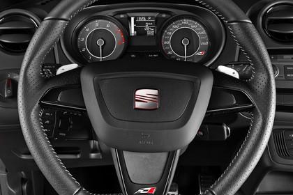SEAT Ibiza Cupra 6P Innenansicht Lenkrad mit Armaturenbrett