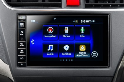 Honda Civic 9 Fünftürer Innenansicht statisch Studio Detail Infotainmentbildschrim