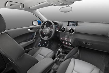 Audi A1 Sportback Innenansicht Beifahrerposition Studio statisch grau