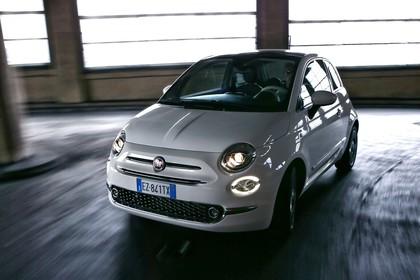Fiat 500 312 Aussenansicht Front schräg dynamisch weiss