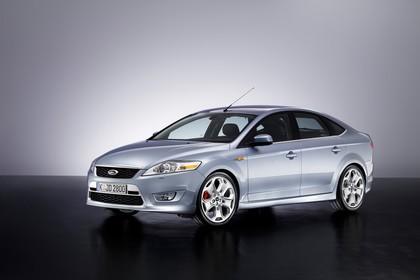 Ford Mondeo Mk4 Aussenansicht Front schräg statisch Studio silber