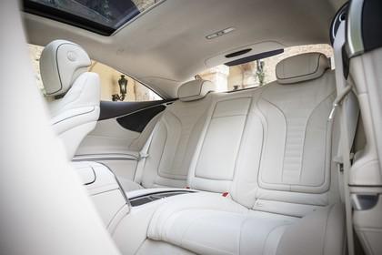 Mercedes-Benz S-Klasse Coupé C217 Innenansicht statisch Rücksitze fahrerseitig
