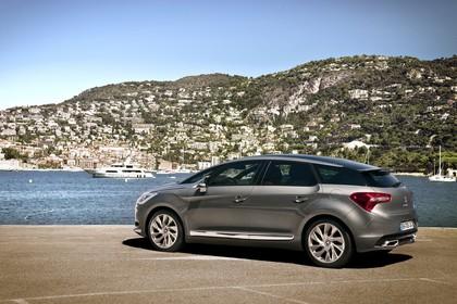 Citroën DS5 K Aussenansicht Seite schräg statisch grau