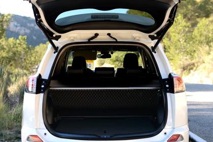 Toyota RAV4 (XA4) Aussenansicht Heck Kofferaumdeckel geöffnet