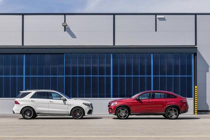 Mercedes-AMG GLE W166/C292 Aussenansicht Seite statisch weiss rot