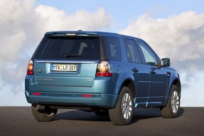Land Rover Freelander 2 LF Facelift Aussenansicht Heck schräg statisch blau