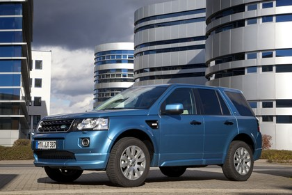 Land Rover Freelander 2 LF Facelift Aussenansicht statisch blau