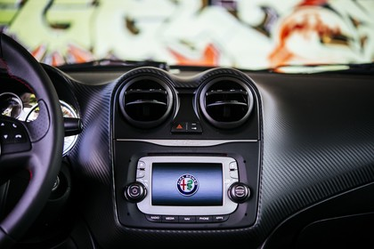 Alfa Romeo Mito 955 Innenansicht statisch Detail Armaturenbrett