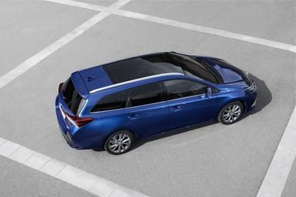 Toyota Auris Touring Sports E18 Aussenansicht Seite schräg erhöht statisch blau