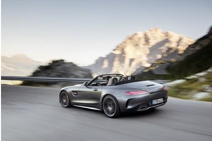 Mercedes-AMG GT C Roadster C190 Aussenansicht Heck schräg dynamisch grau