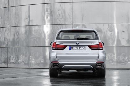 BMW X5 Facelift Aussenansicht Heck statisch silber