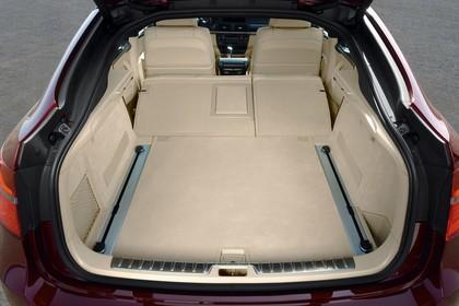 BMW X6 E71 Innenansicht statisch Kofferraum Rücksitze umgeklappt
