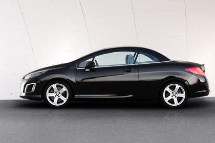 Peugeot 308 CC Aussenansicht Seite Dach geschlossen statisch schwarz