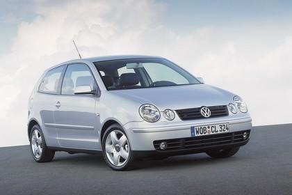 VW Polo IV 9N Dreitürer Aussenansicht Front schräg statisch grau