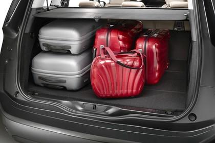 Citroën Grand C4 Picasso 2 Aussenansicht Heck schräg statisch Studio grau Heckklappe geöffnet