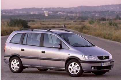 Opel Zafira A Aussenansicht Seite schräg statisch silber