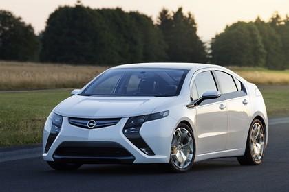 Opel Ampera Aussenansicht Front schräg statisch weiss
