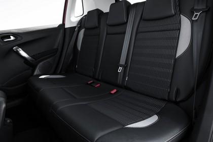Peugeot 2008 A94 Innenansicht statisch Studio Rücksitze
