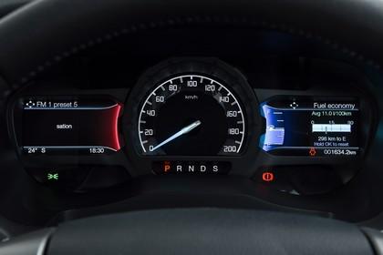 Ford Ranger 2AB Innenansicht statisch Studio Detail Tacho