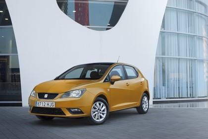SEAT Ibiza 6P Front schräg statisch gelb