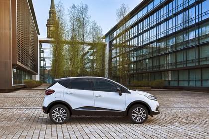 Renault Captur R Aussenansicht Seite statisch weiss