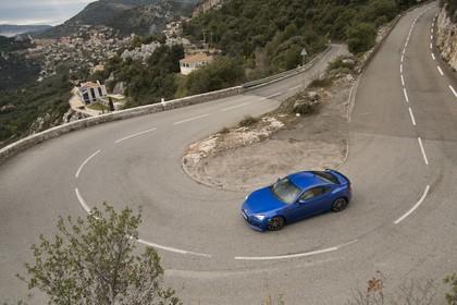 Subaru BRZ Aussenansicht Seite schräg erhöht dynamisch blau