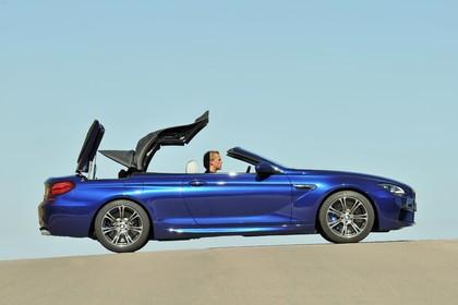 BMW M6 Cabrio F12 Aussenansicht Seite statisch blau