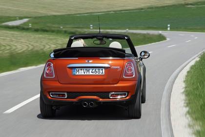 Mini Cabriolet R57 Aussenansicht Heck dynamsich orange