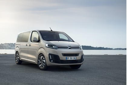 Citroën Spacetourer Aussenansicht Front schräg statisch beige