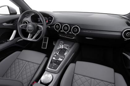 Audi TT 8S Innenansicht Beifahrerposition Studio statisch grau