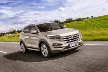 Hyundai Tucson TLE Aussenansicht Front schräg dynamisch gold